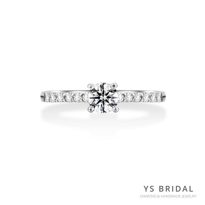 訂婚鑽戒-復古四爪鑽戒(兩側12顆小鑽)