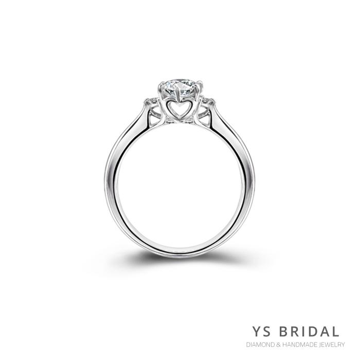 求婚鑽戒-側邊心形鉑金鑽戒